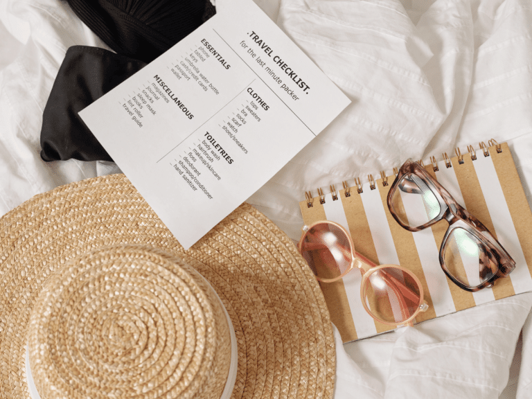 Traveling Soon? Ease that Stress! Make a Travel Checklist